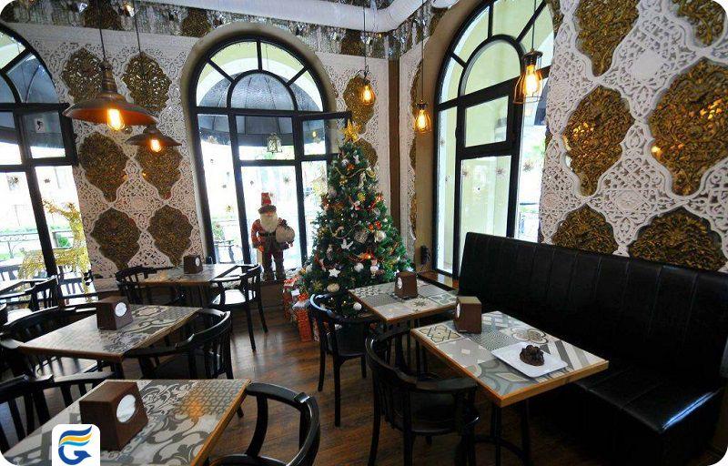 کافه ارزان در باتومی
