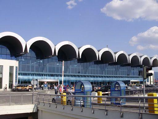فرودگاه بخارست