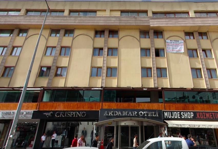 ارزانترین هتل وان - هتل آکدامار وان Akdamar Hotel