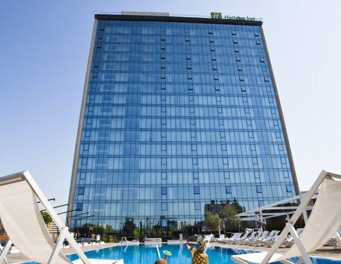 هتل هالیدی این تفلیس Holiday inn - اجازه آپارتمان و سوئیت در تفلیس