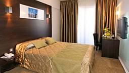 هتل آمورگوس لارناکا