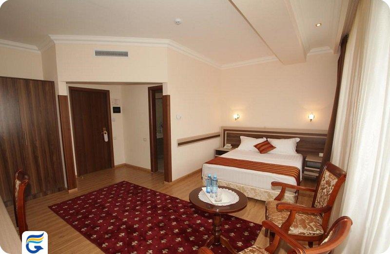 نزدیکترین هتل به سفارت کانادا در ایروان