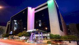 هتل آرتیوم اسپلیت