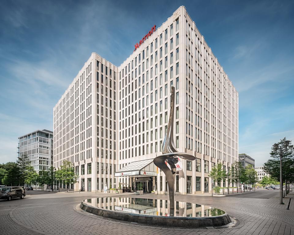 هتل ماریوت برلین - هتل در مرکز شهر و نزدیک فرودگاه برلین