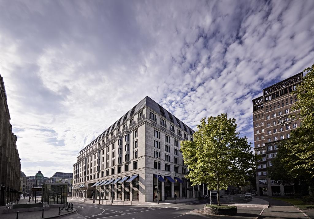 هتل کاپلا بدندن باچر هوف دوسلدورف - بهترین هتل 5 ستاره دوسلدورف