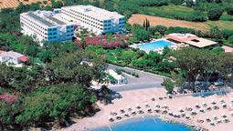 هتل کانتیننتال پالاس جزیره کس
