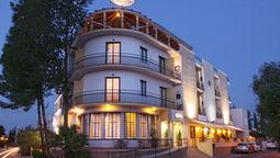 قیمت و رزرو هتل در نیکوزیا قبرس و دریافت واچر