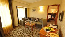 هتل کریستال پالاس بخارست