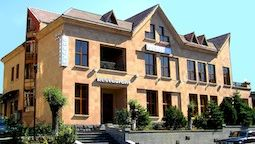 هتل دلوکس ابروان