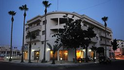 هتل الیسو لارناکا