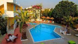 هتل گلدن استار جزیره کس
