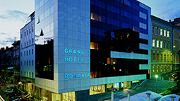 گرند هتل بوناویا رییکا
