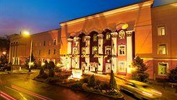 هتل تین شان آلماتی