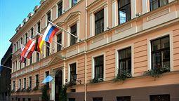 هتل گرند پلس ریگا