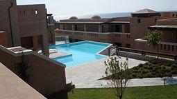 هتل هلونا رزورت جزیره کس