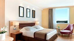 هتل هیلتون پاریس