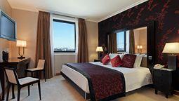 هتل هیلتون پراگ
