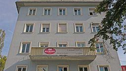 هتل بی اند بی گراتس