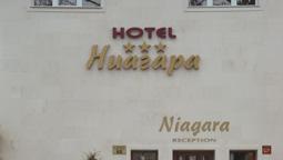 هتل نیاگارا وارنا