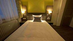 هتل وست فالیا برمن