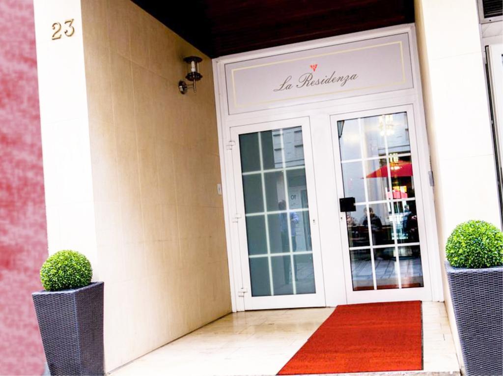 هتل لا رزیدنسا آپارات دوسلدورف - ارزانترین قیمت رزرو هتل در دوسلدورف