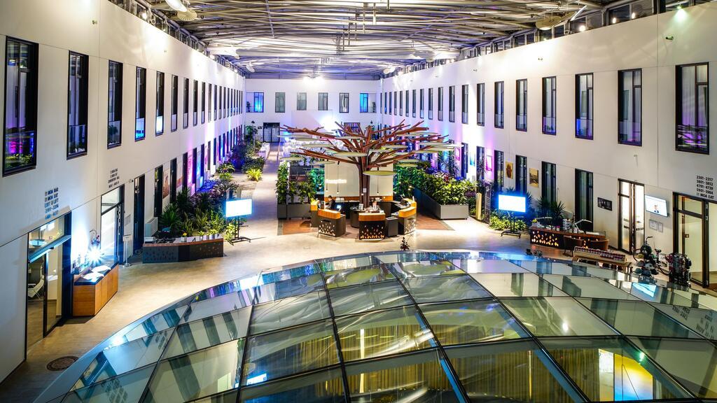 هتل مرکیور ام او ای برلین - لیسن قیمت هتل های 4 ستاره برلین