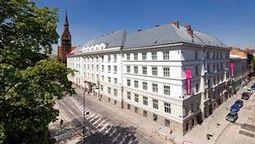 قیمت و رزرو هتل در اوستراوا چک و دریافت واچر