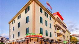 هتل مونتنگرینو تیوات