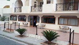 هتل آپارتمان پاسیاننا لارناکا
