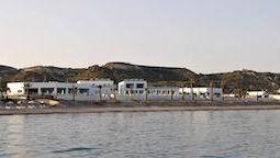 هتل رویال بی جزیره کس