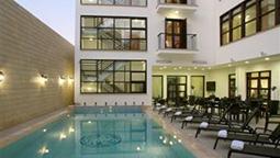 هتل روییاتیکو نیکوزیا