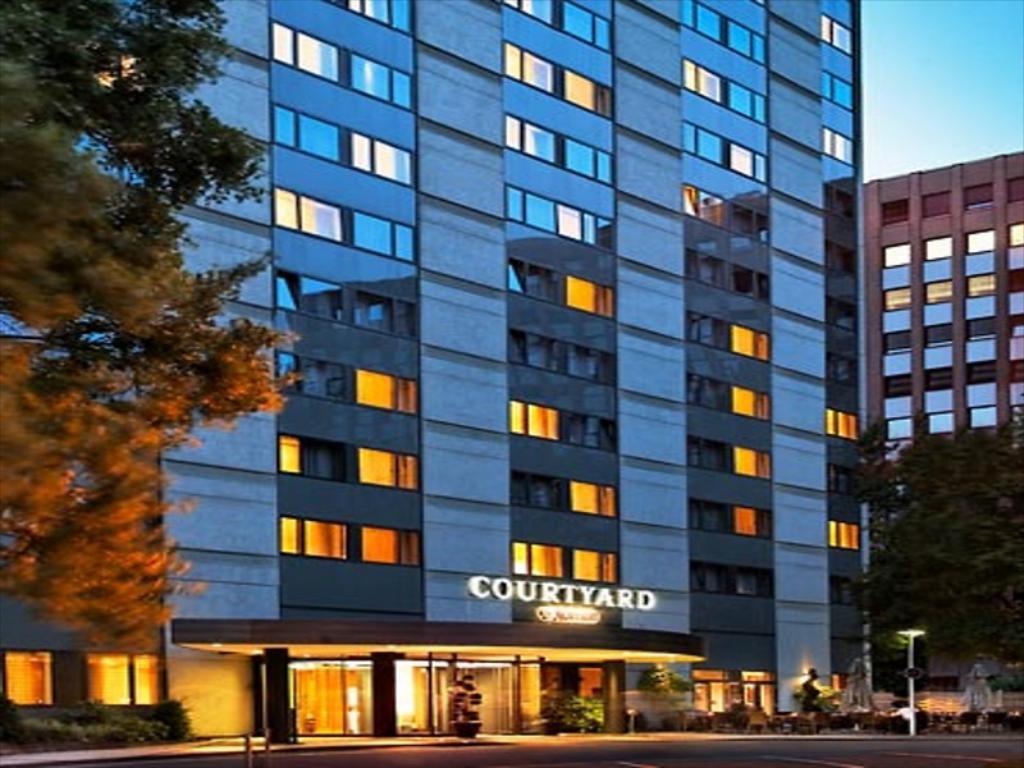 هتل کورتیارد بای ماریوت دوسلدورف - گارانتی هتل های دوسلدورف