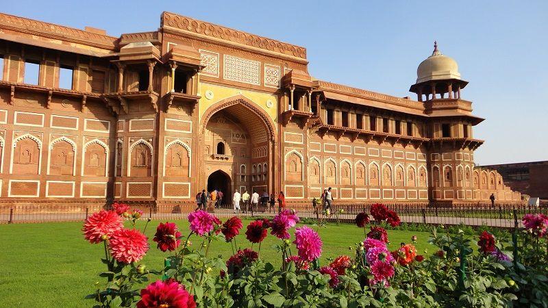 آگرا فورت هند - قیمت پروازهای هند