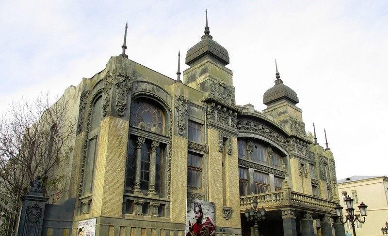 تئاتر اپرا و رقص باله دولتی آذربایجان Azerbaijan State Academic Opera and Ballet Theater