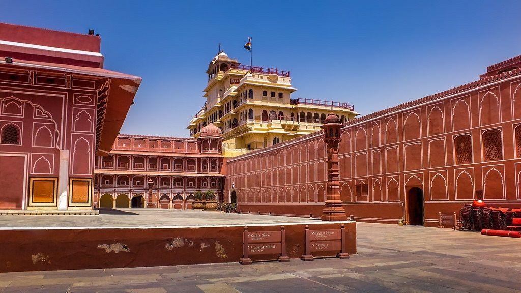 مسجد جامع هند - روزهای پروازهای هندوستان