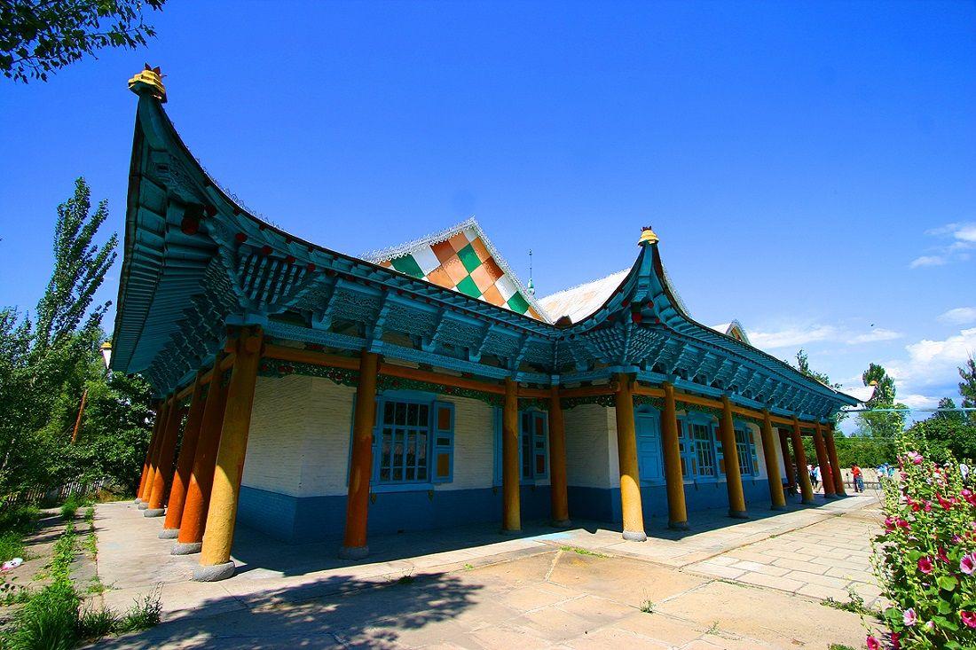 مسجد دونگان قرقیزستان Dungan Mosque- پروازهای مستقیم تهران قرقیزستان