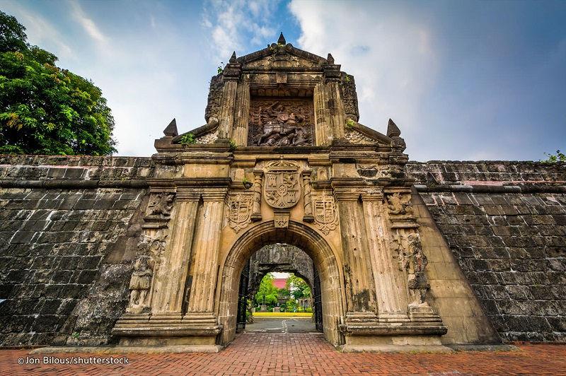 فورت سانتیاگو فیلیپین و هزینه سفر هوایی به فیلیپین
