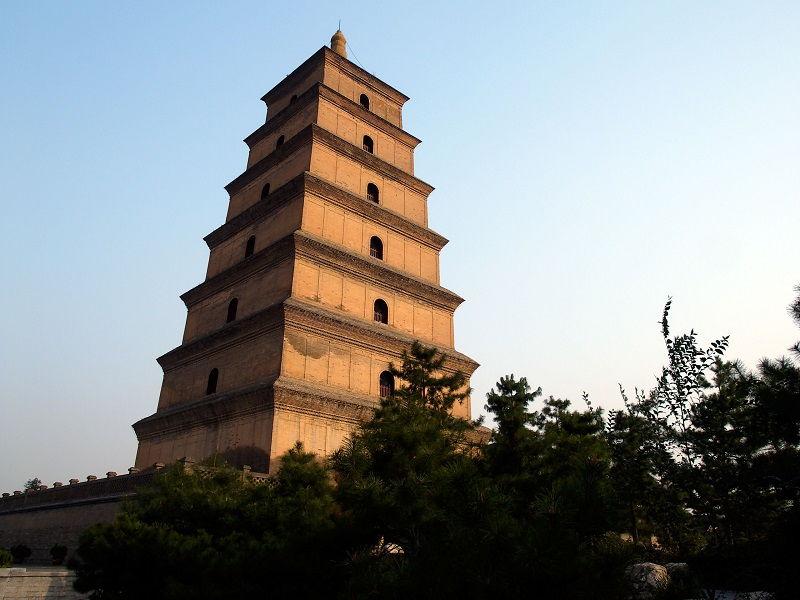 معبد و غار بزرگ گوزن وحشی چین - برنامه پروازهای چین
