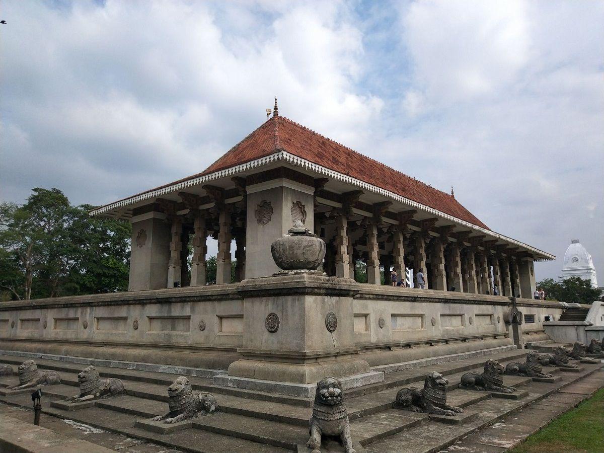 پرواز مستقیم به سریلانکا - تالار یادبود استقلال سریلانکا Independence Memorial Hall :