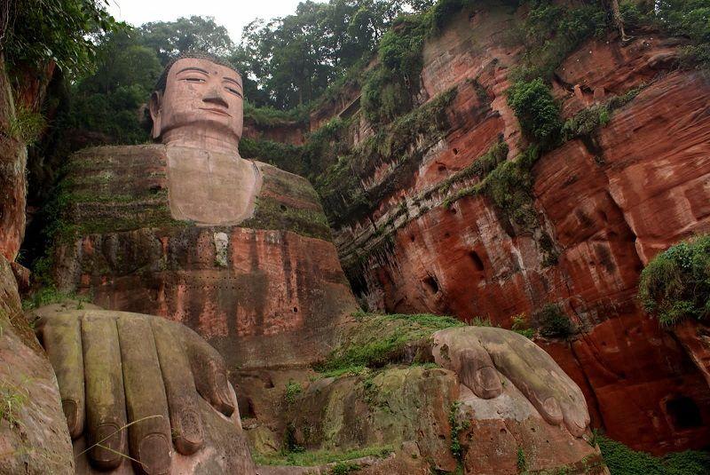 بودای غول پیکر لشان چین - نرخ پروازهای ارزان چین