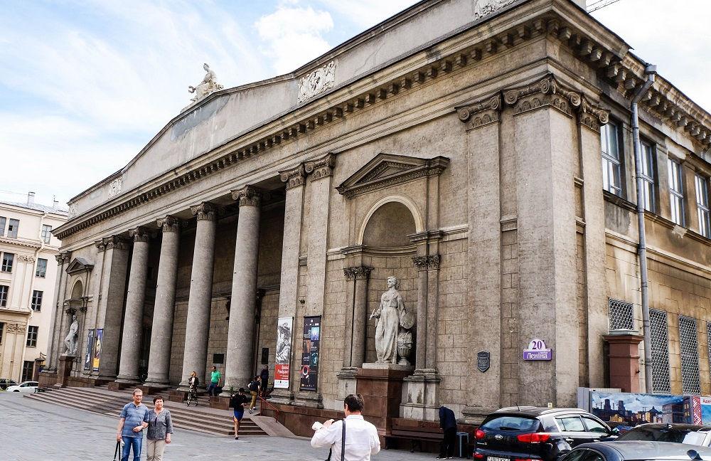 موزه هنرهای ملی بلاروس Belarusian National Arts Museum