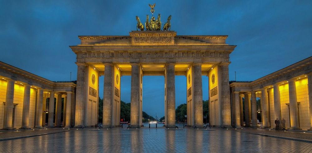 قیمت بلیط رفت و برگشت آلمان - دروازه براندنبورگ آلمان