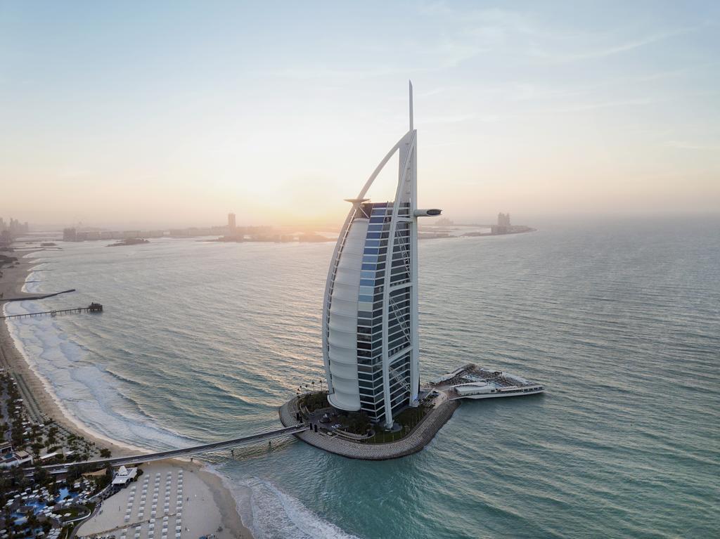 هتل برج العرب جمیرا دوبی Burj Al Arab Jumeirah Hotel - خرید آنلاین هتل های دبی