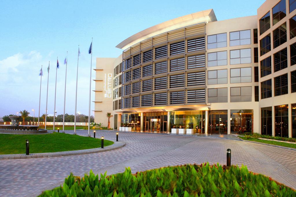 هتل سنترو شارجه Centro Sharjah- لیست هتل های شارجه