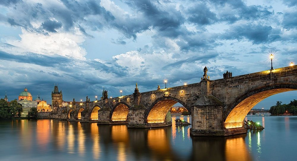 پل چارلز جمهوری چک Charles Bridge - بلیط هواپیما چک
