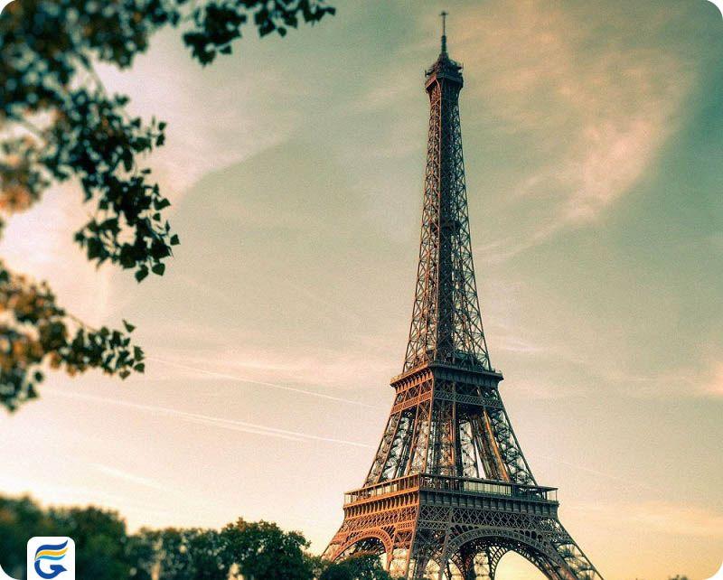 مدت پرواز ایران به فرانسه