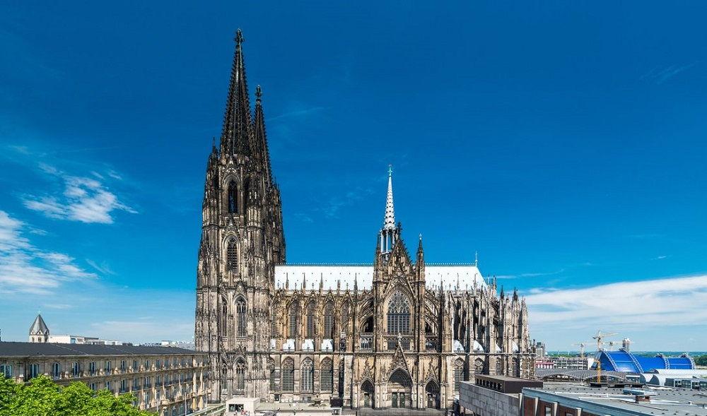 ارزانترین قیمت پروازهای آلمان - کلیسای جامع آلمان