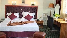 هتل گود تایم یانگون میانمار