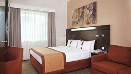 هتل هالیدی صفا پارک دبی امارات