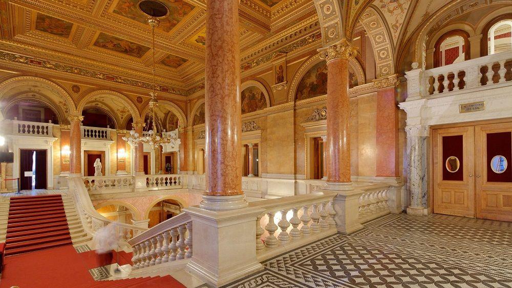 اپرا دولتی مجارستان Hungarian State Opera - کمترین و بهترین نرخ بلیط تهران مجارستان